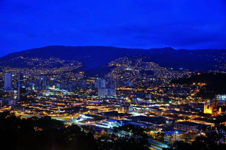 Medellin's supporting infrastructure allows companies to outsource development to achieve faster development and better results.